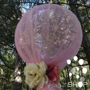 balon sa tilom i cvecem