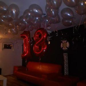 srebrni baloni za 18 rodjendan