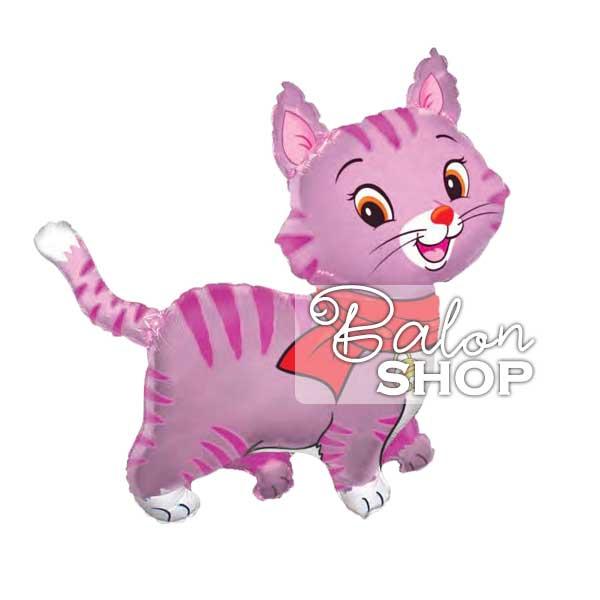 macka u roze boji