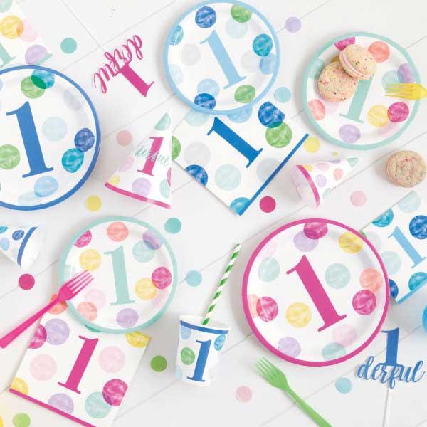 dekoracija za prvi rodjendan sa tufnicama