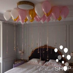 baloni na plafonu sa ruzama