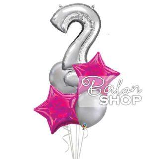 Znak pitanja balon u buketu za nju